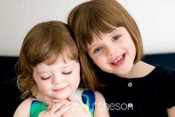 Nashville photographer- little sisters